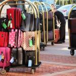 海外旅行先で預けた手荷物が届かない時、保険使える?