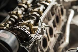 自動車のエンジンがかからない時、保険使える?