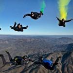 海外旅行先でスカイダイビングをし怪我をしたら、保険は使える?