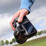 カメラを落として壊してしまった時、保険使える?